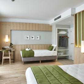 Room 704 Yadoya 01